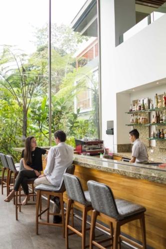 Mashpi Lodge's bar