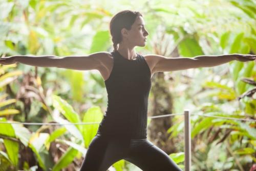 Yoga exercices at Mashpi Lodge