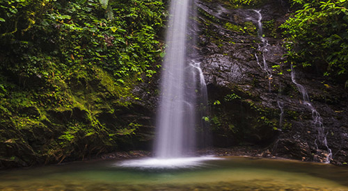 waterfall-san-vincente-mashpi-cloud-forest